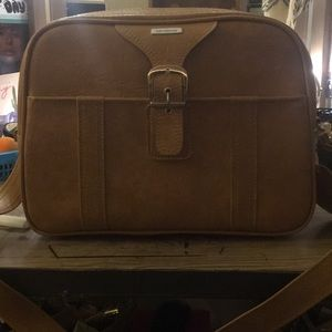 Vintage Samsonite laptop/carry on bag.